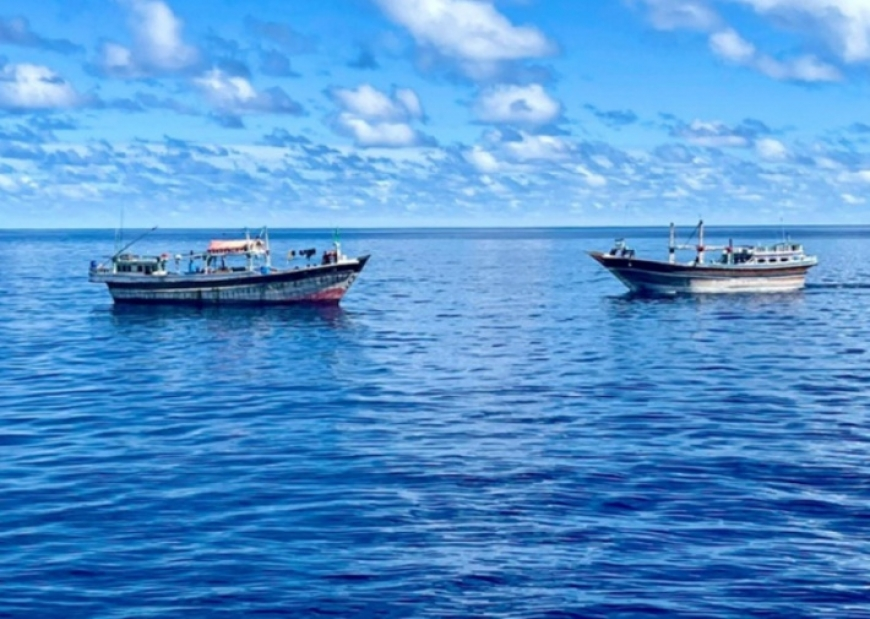 SCG intercepts two dhows suspected of being involved in illegal fishing